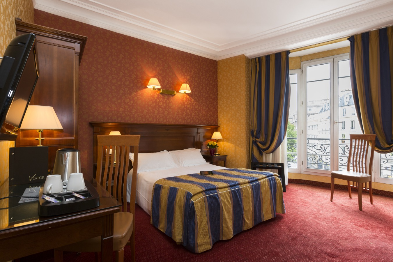 hotel luxe strasbourg location avec cuisine quip e droit locataire. Black Bedroom Furniture Sets. Home Design Ideas